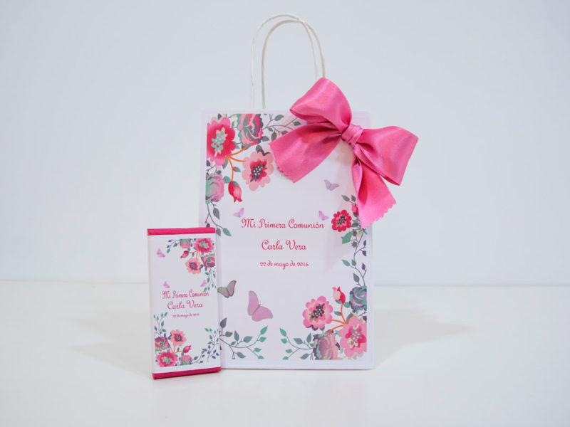 bolsa de regalo y chocolatina personalizada